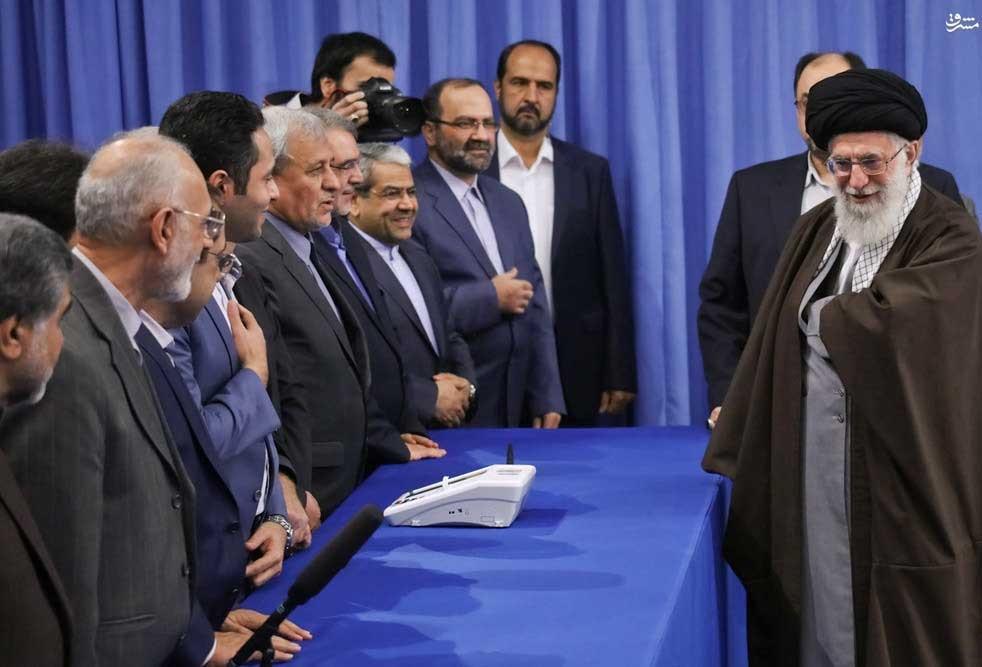 حضور رهبر معظم انقلاب اسلامی در پای صندوق رای
