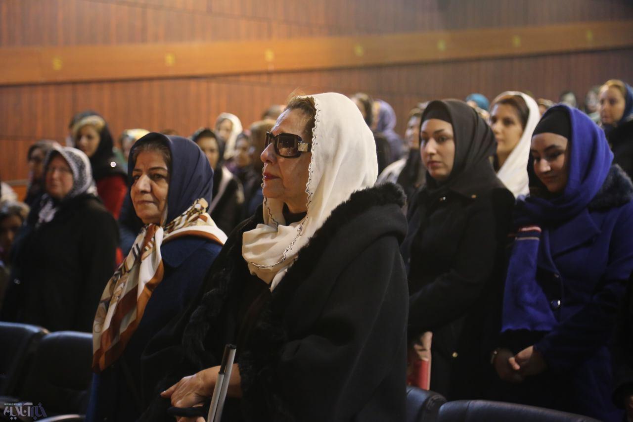 حمایت امید از نابینایان با هفت قصه پری قصه ها / رونمایی کتاب پری زنگنه