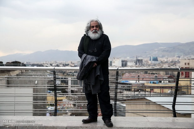 محمد رحمانیان: مخالفتی با فیلم آپارتمانی ندارم/ در «سینما نیمکت» بخت یارم بود