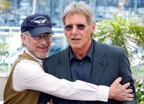 یکی از محبوبترین قهرمانان به سینما بازمیگردد