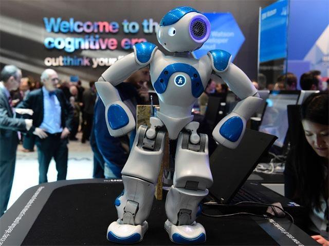 دنیای گجتها،رباتها و پهپادها در نمایشگاه CeBIT 2016