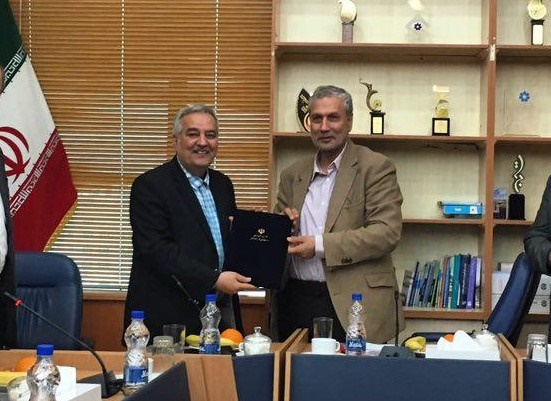 سرپرست فدراسیون ورزش های کارگری با حضور وزیر کار معارفه شد