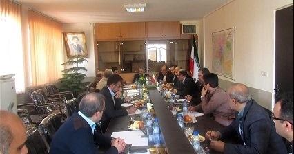 جلسه کمیته راهبری ستاد تنظیم بازار میوه در سازمان تعاون روستایی استان البرز