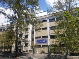 ساختوساز غیرقانونی دانشگاه تهران در تعطیلات نوروز/ جرثقیلهای غولپیکر در خیابان ۱۶ آذر چه میکنند؟