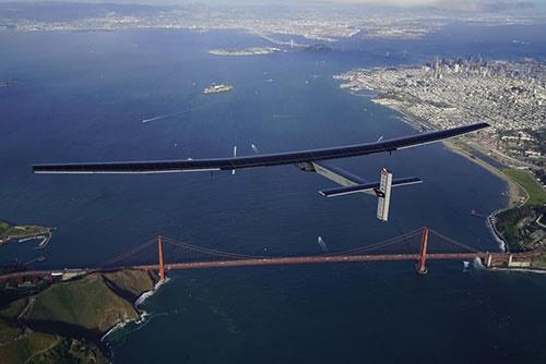 رکوردشکنی هواپیمای خورشیدی با عبور از اقیانوس آرام/4532 کیلومتر بدون توقف