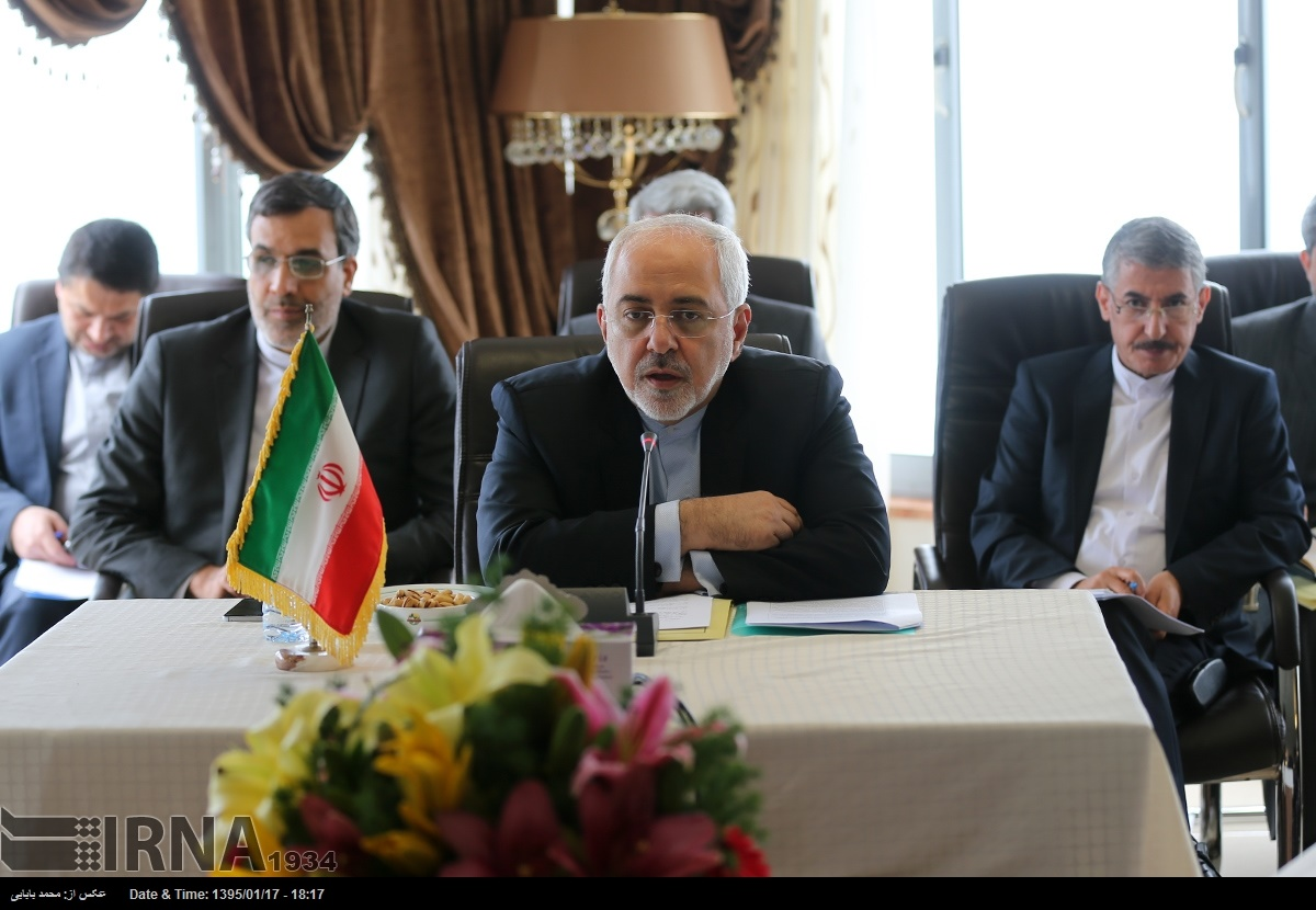 تصاویر نشست سه جانبه وزرای خارجه ایران، آذربایجان و ترکیه/از هتل بام سبز تا تله کابین سواری در رامسر