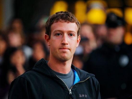 این روزها کاربران مثل قبل به فیسبوک سر نمیزنند! / زاکربرگ نگران است