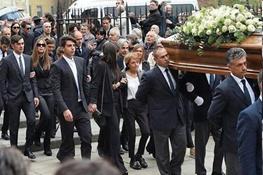 تصاویری از حضور پائولو مالدینی و ستاره های میلان در مراسم تشییع چزاره