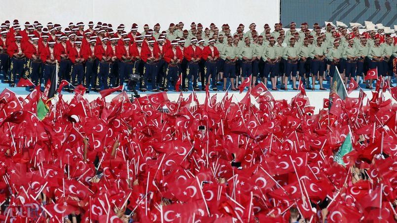 جشن پر زرق و برق اردوغان برای فتح استانبول