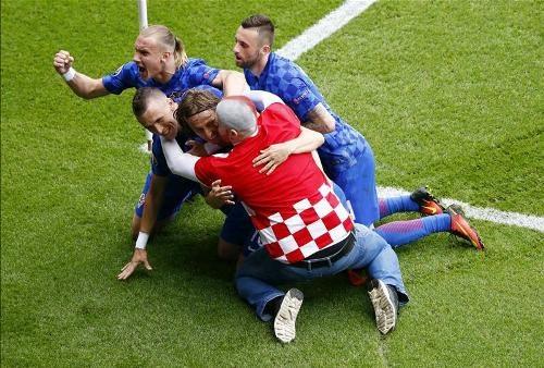 تصاویری از زیبایی های یورو 2016