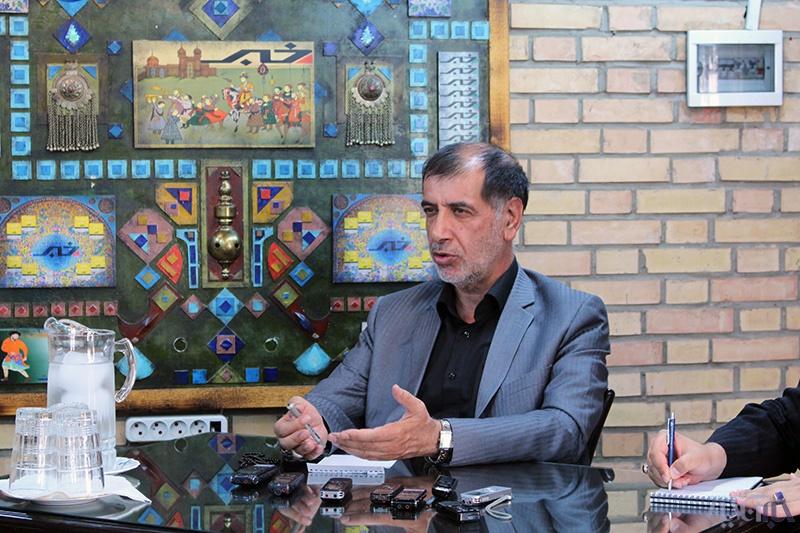 نگاه باهنر به فیشهای حقوقی، مزاح با کاندیداتوری احمدینژاد،شرط و شروط برای روحانی و ...