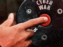 ناتو: زمین، هوا، دریا و امروز اینترنت، در خط مقدم جنگهای هیبریدی