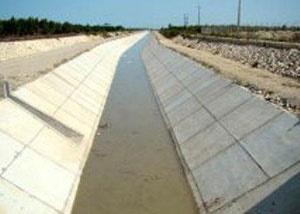 شهرداری منطقه 10 به شهروندان قو ل داد: رفع مشکل آبگرفتگی و بوی نامطبوع نهر فیروزآباد تا پایان سال