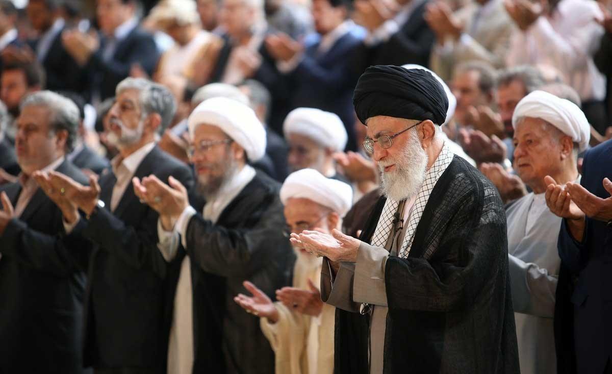 تصاویری از شخصیتهای سیاسی حاضر در نماز عید فطر