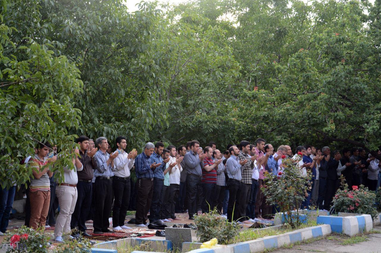 نماز عید فطر در آذربایجان غربی اقامه شد