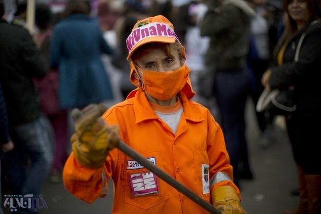 تصاویر | اعتراض گسترده مردم پرو به خشونت علیه زنان