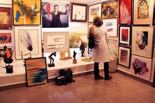 پایان 240 میلیونی صد اثر صد هنرمند / فروش خوب آثار جوانان و اقبال خریداران به هنرمندان شهرستانی