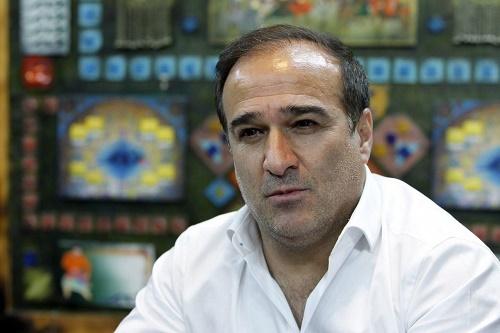 دینمحمدی: اشکال از کشک بادمجان نبود، ما غیرحرفهای خوردیم!