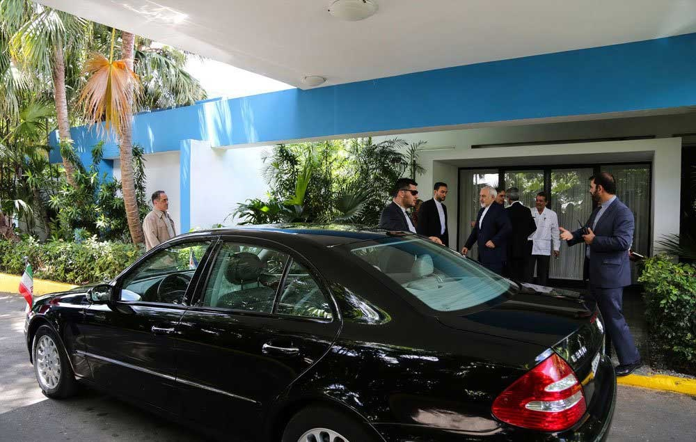 تصاویر | ورود ظریف و تیم دیپلماسی به هاوانا