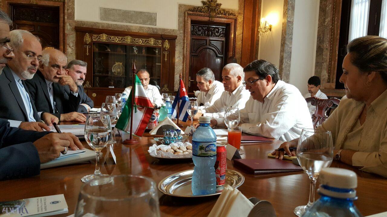 ایران و کوبا یادداشت تفاهم امضا کردند | وزیر خارجه کوبا به ظریف تبریک گفت
