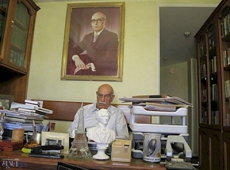 کم سوادی که صدها هزار نفر را کتابخوان کرد/ «در جستجوی صبح»، در نکوداشت بزرگترین ناشر ایران