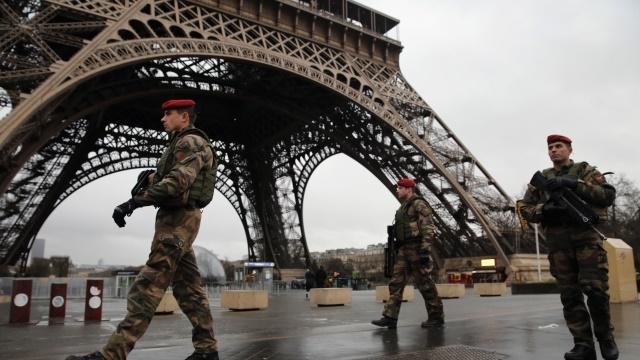 سه دلیلی که فرانسه را با کاهش رشد اقتصادی مواجه کرد