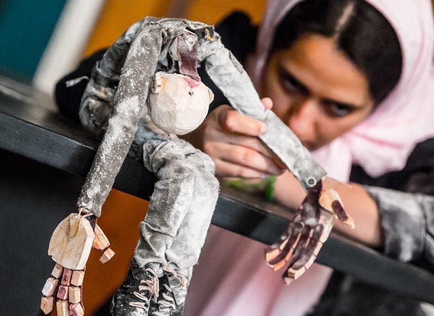 از بازگشت عروسکهای خارجی تا پایان تلخ نمایش حسن معجونی