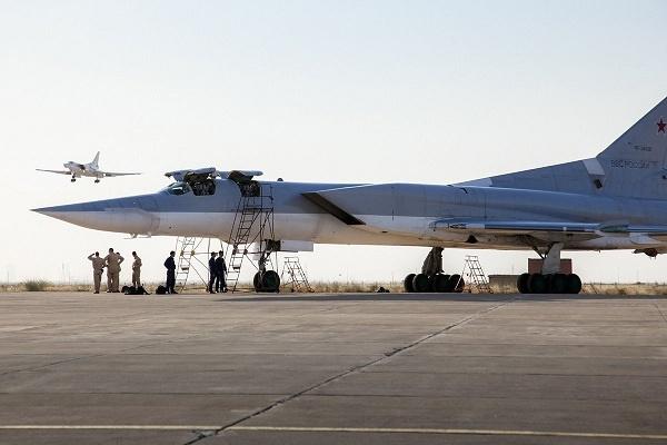 حضور بمبافکنهای روسی در ایران چه معنایی داشت؟