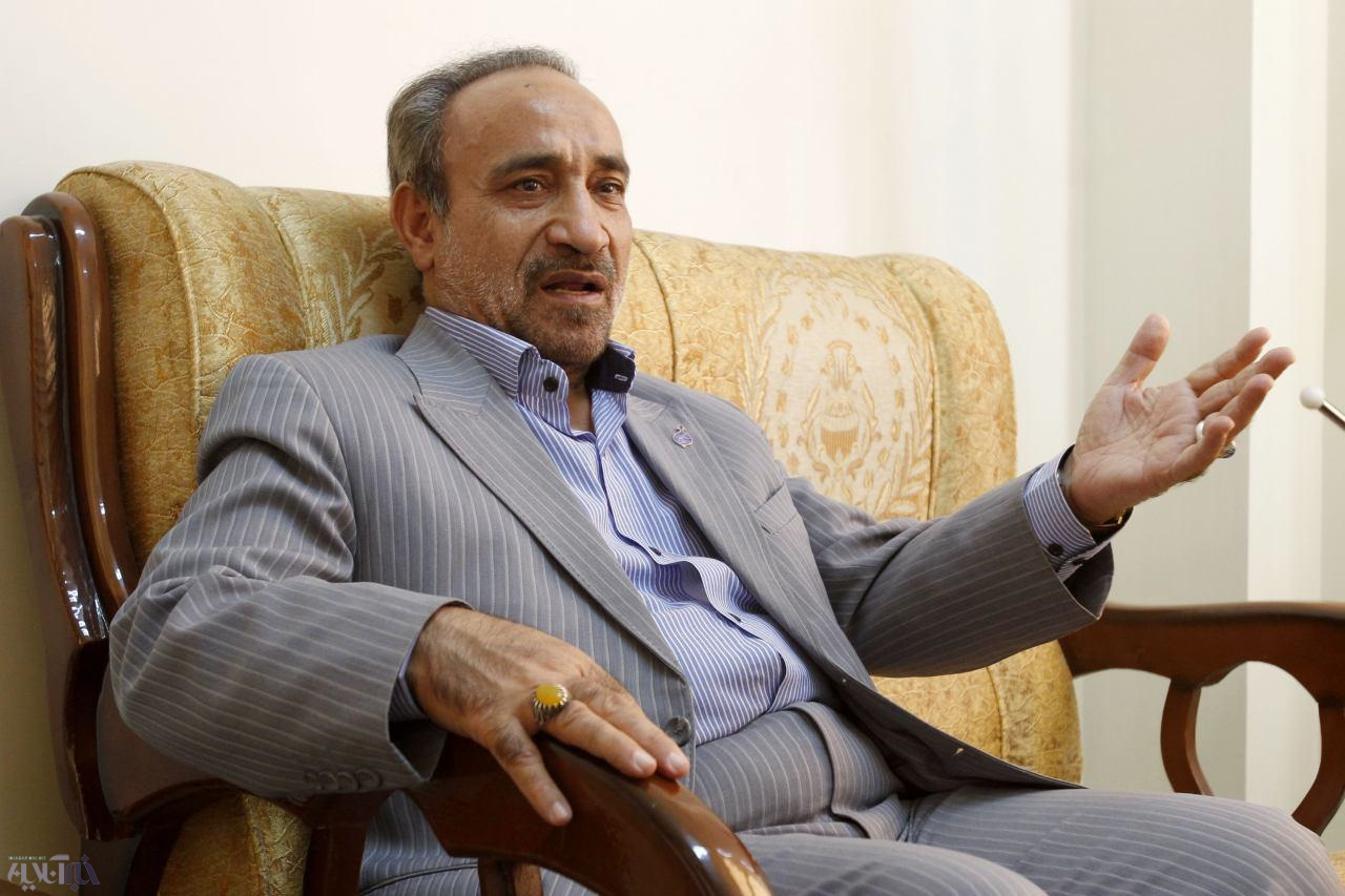 خباز: برخی با کارهای پوپولیستی و احمدینژادی بدنبال کسب رأی هستند