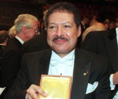 درگذشت برنده مصری جایزه نوبل شیمی که در بچگی نزدیک بود خانه را آتش بزند