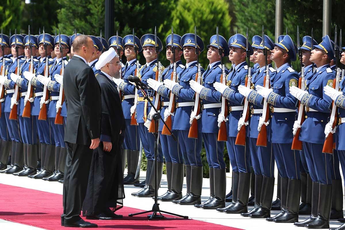 پاکآیین: سفر رئیس جمهوری به باکو و دیدار سهجانبه، جایگاه ایران در قفقاز را ارتقاء میدهد