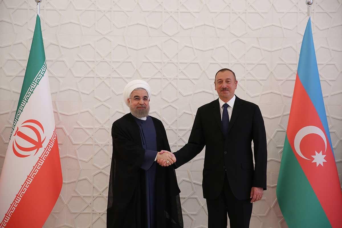 تصاویر   استقبال رسمی رییسجمهوری آذربایجان از دکتر روحانی