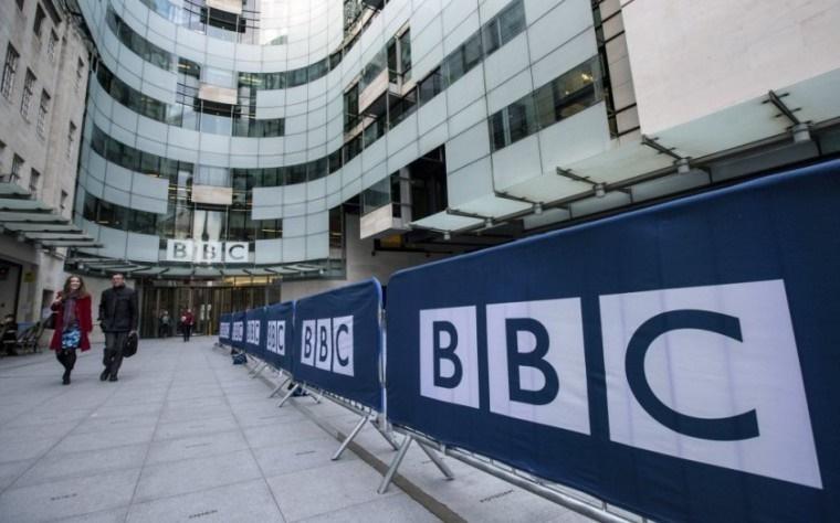 جاسوس سایبری بیبیسی در خیابانهای انگلیس