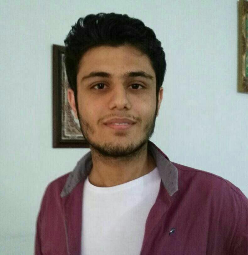 رتبه یک کنکور تجربی ۹۵: از برق شریف انصراف دادم تا پزشکی دانشگاه تهران بخوانم