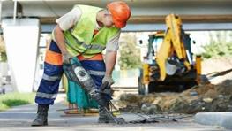 معاون فنی و درآمد سازمان تامین اجتماعی: بیمه کارگر ساختمانی حذف نمیشود اما نظارتها دقیقتر میشود