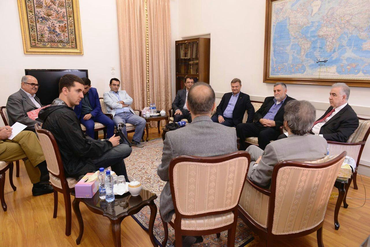 دیدارهیات مطبوعاتی ارامنه جهان با سخنگوی وزارت امور خارجه