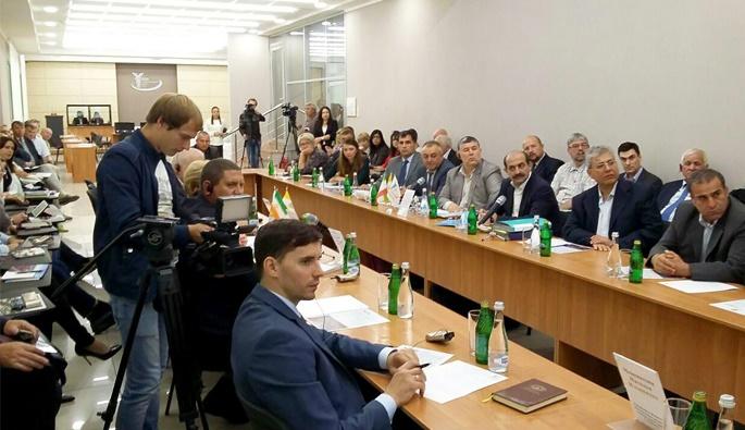 انعقاد توافقنامه همکاری منطقه آزاد انزلی و اتاق بازرگانی استاوروپل روسیه