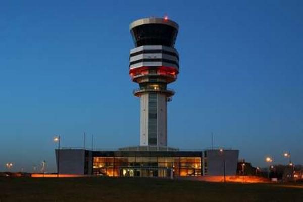 برجهای مراقبت فرودگاه روزی فراموش میشوند؟/استفاده از فناوریهای جدید