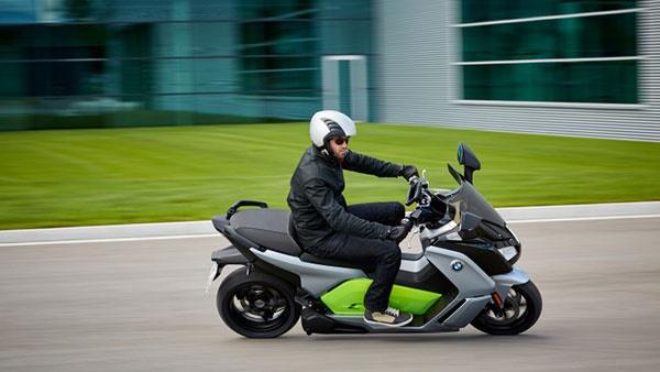 تصاویر موتورسیکلت برقی جدید بیامو را ببینید/۱۶۰ کیلومتر با یک بار شارژ