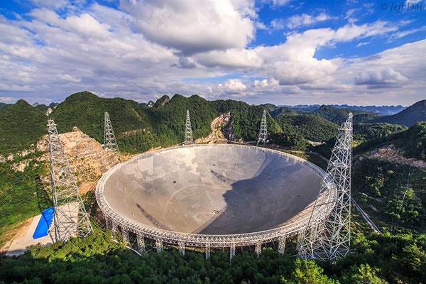 بزرگترین رادیو تلسکوپ جهان در جستجوی حیات فرازمینی/عکس روز ناسا