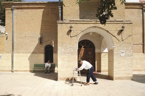 همسایههای فراموش شده گئورگ/ زندگی سالمندان ارمنی در محوطه کلیسای تاریخی تهران