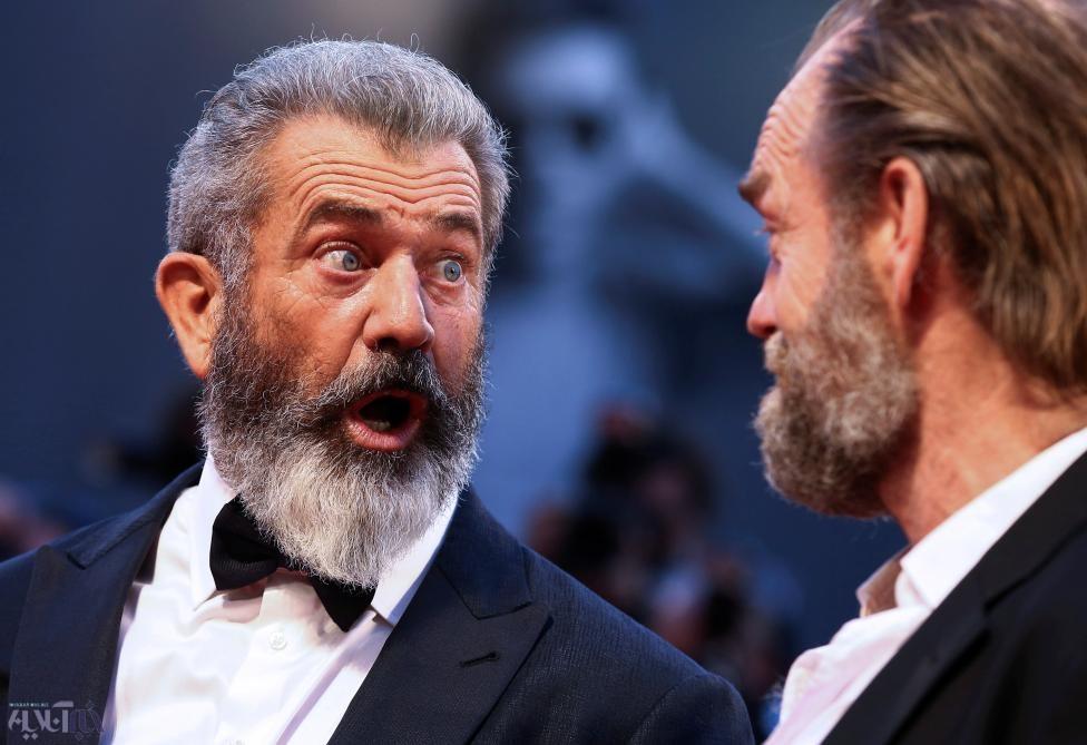 عکس | تعجب مل گیبسون ۶۰ ساله روی فرش قرمز جشنواره فیلم ونیز