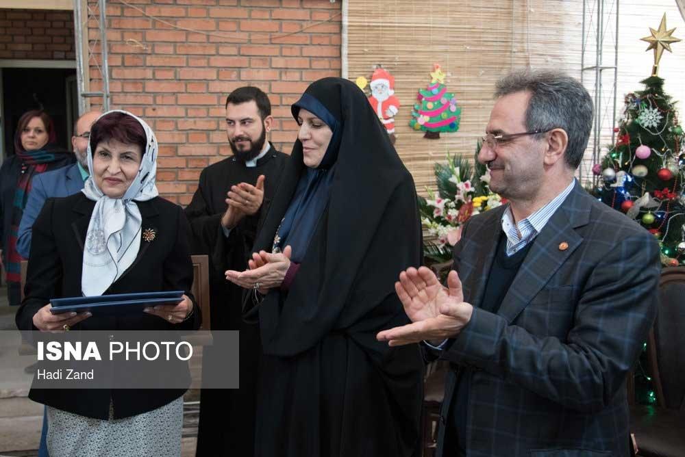 تصاویر | بازدید وزیر رفاه و معاون زنان رییس جمهور از کلیسای گئورگ