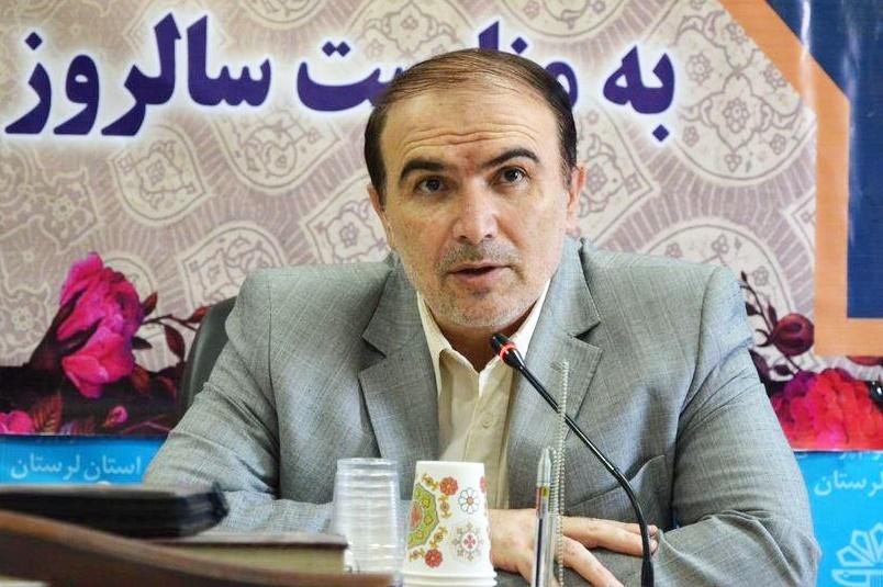 وزیر بهداشت  از رئیس دانشگاه علوم پزشکی لرستان تقدیر کرد
