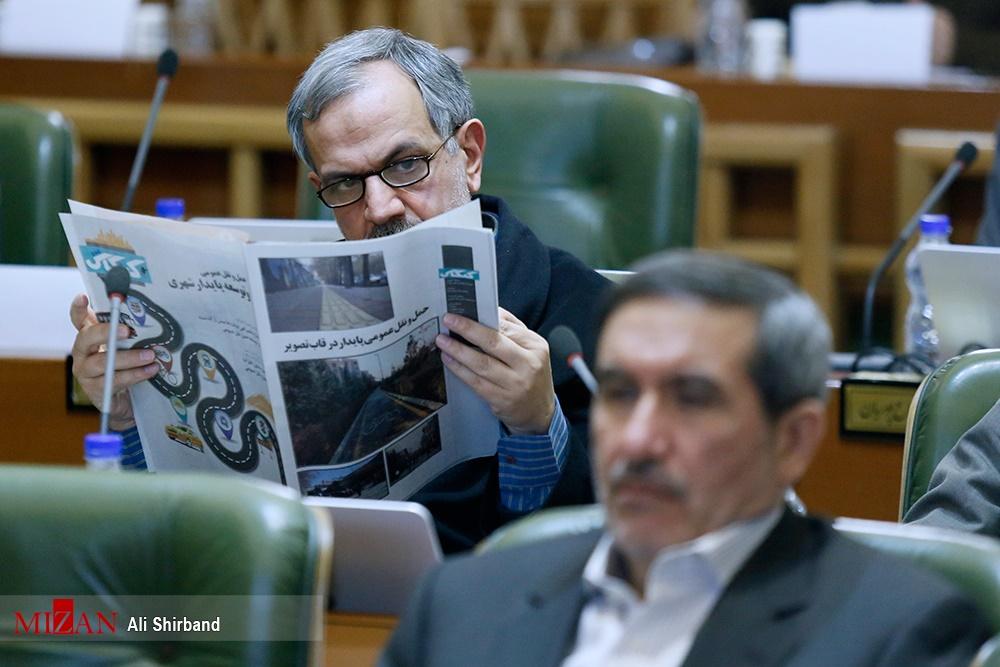 حواشی مطرح نشدن استعفای مسجدجامعی/ اطلاحطلبان شورا را ترک کردند/ واکنش رییس سابق