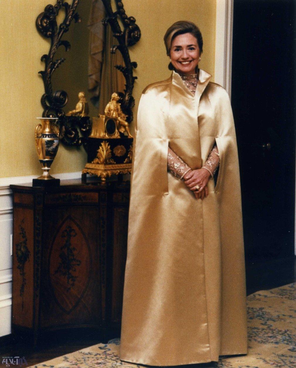 عکس | پوشش هیلاری کلینتون در مراسم آغازین ریاست جمهوری همسرش