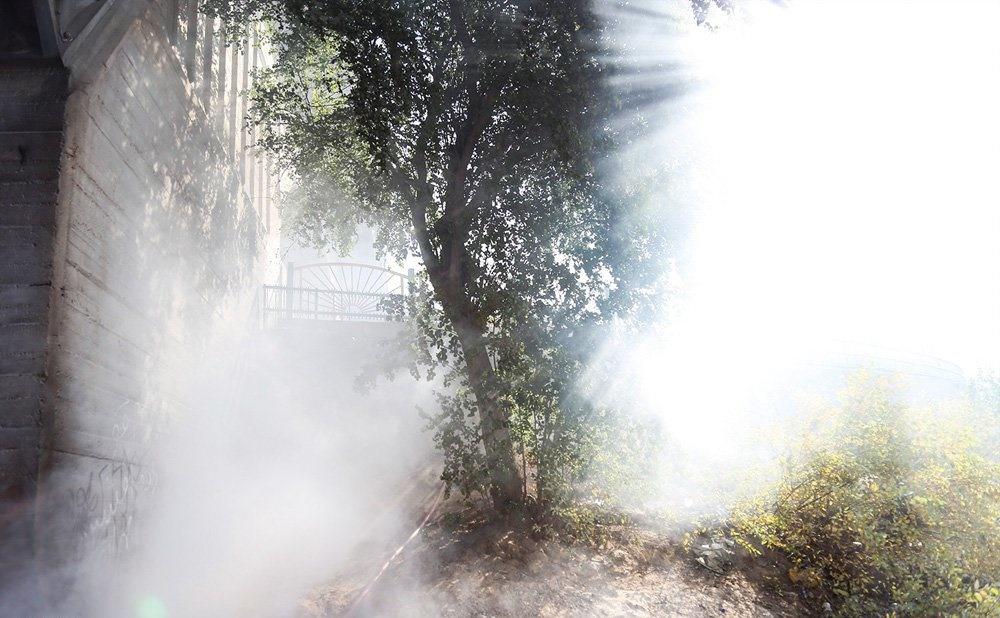 تصاویر | آتش گرفتن چادر کارتنخوابها در اهواز