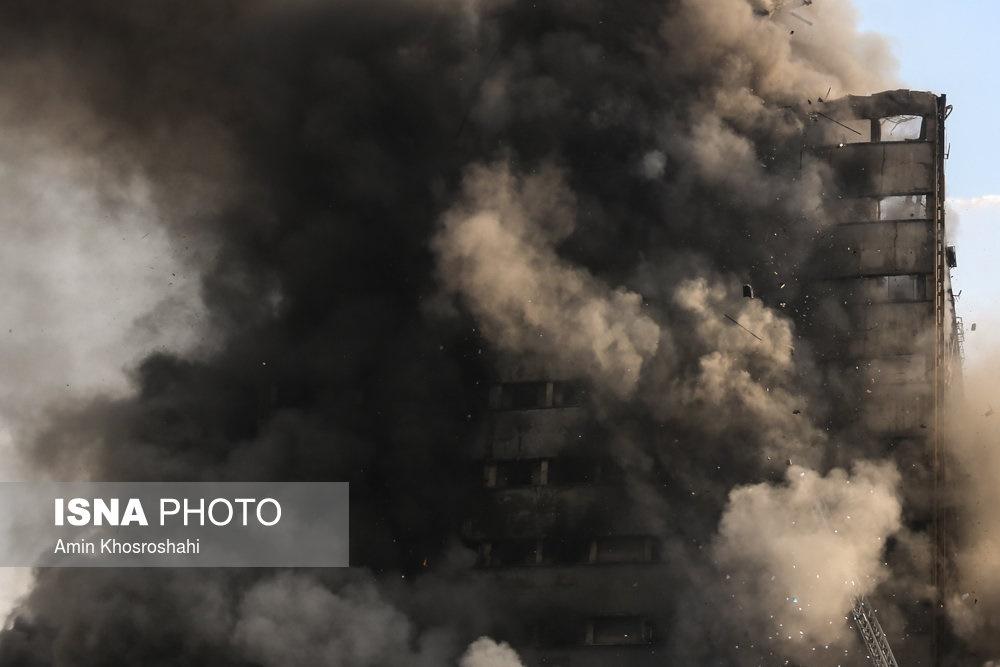 قالیباف: ۲۲ تا ۲۵ مامور آتشنشانی زیر آوار ساختمان پلاسکو ماندهاند