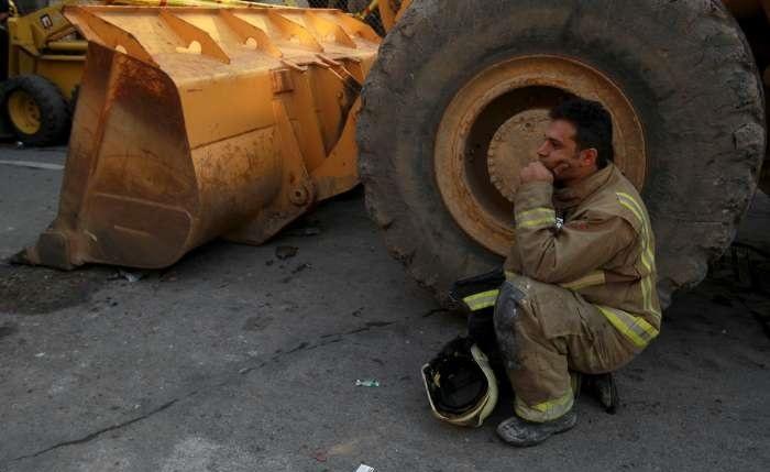 تصاویر | حواشی حادثه آتشسوزی و ریزش ساختمان پلاسکو