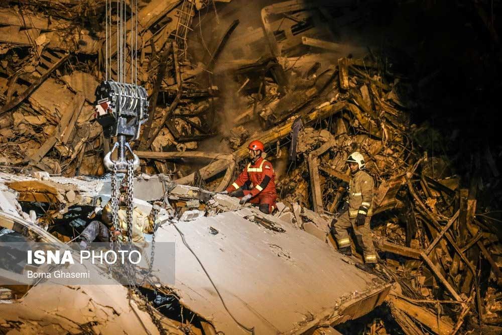 تصاویر | عملیات بامدادی نیروهای امدادی در پلاسکو